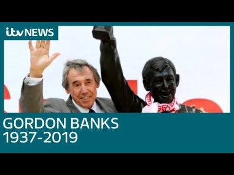Stoke and Leicester City legend Gordon Banks dies aged 81 | ITV News
