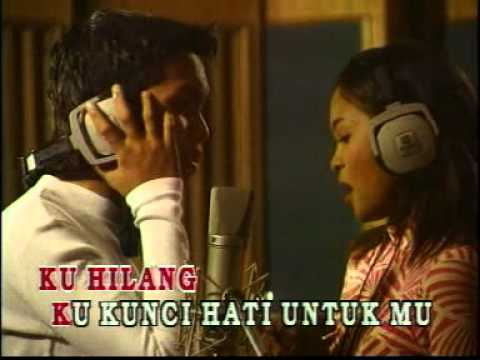 Acik & Nana - Memori Berkasih (Karaoke)