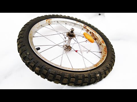cool-idea-of-an-old-bicycle-wheel!