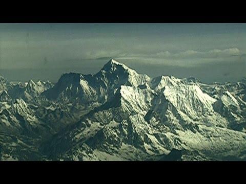 Extreme Altitude Mt Everest - Mayo Clinic
