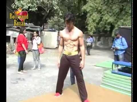 Tiger Shroff does live action ''Parkour'' for ''Heropanti'' Part 1