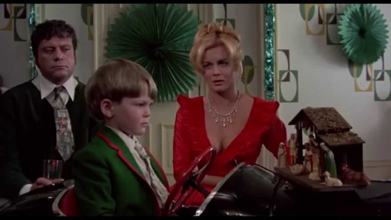 Tommy - Christmas Scene (1975 HD) - YouTube