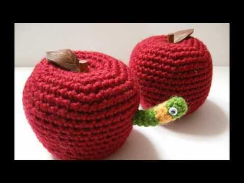 Ben bir elma kurduyum ,Kıvrıla kıvrıla gezerim Çocuk Şarkısı