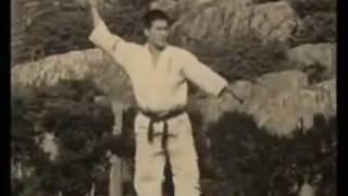Хацуо Рояма - основатель Киокусин Кан (яп. 盧山 初雄 Рояма Хацуо, р...