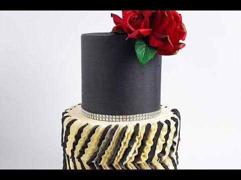 elegant-buttercream-ruffle-cake--rosie's-dessert-spot