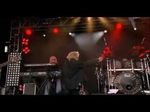 Les Morts Dansant Live HV 2010.mov
