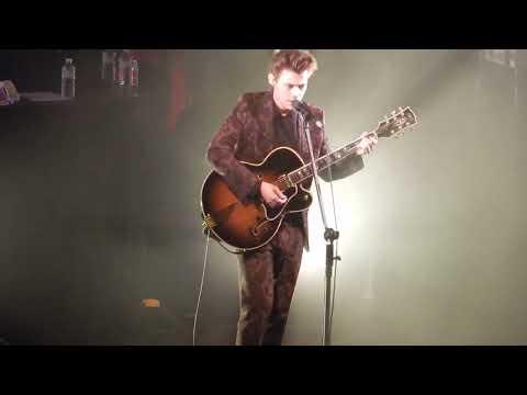 Harry Styles - Carolina + Harry Speaking German // Berlin // 07/11/17 // Watch In HD (1080p)