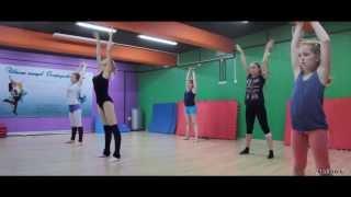 Педагог - Анна Горюнова - стретчинг и акробатика. ( Растяжка, шпагат )