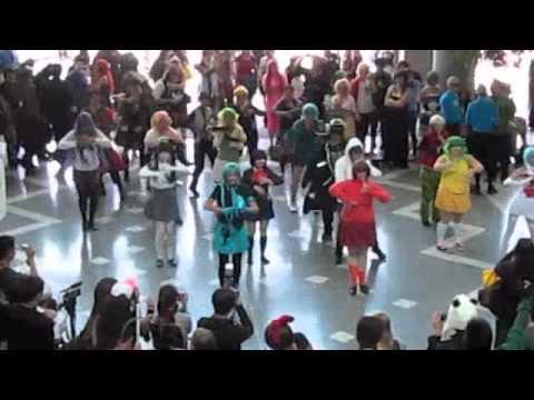 Fanime 2012 Flashmob - Happy Synthesizer