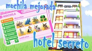 nueva mochila mejorada + hotel secreto en adopt me/// video con voz /// NelaTheCat