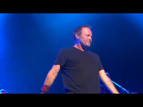 I JUST DIED IN YOUR ARMS - CUTTING CREW LIVE AT THE PALAIS THEATRE ST KILDA MELBOURNE 18/9/2015.