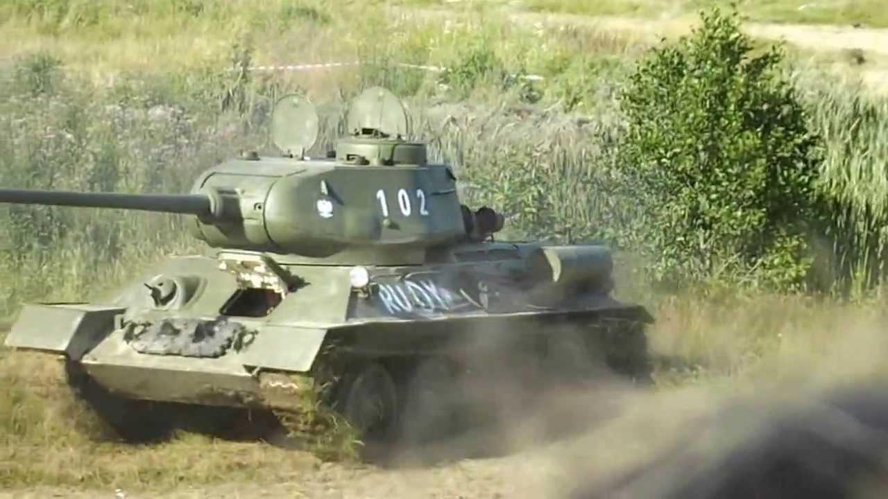 T-34-85 RUDY (RED) - pokaz dynamiczny cz.1 Operacja ...