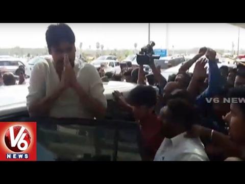 Pawan Kalyan Arrives Gannavaram : Support Weavers Satyagraha Deeksha | V6 News