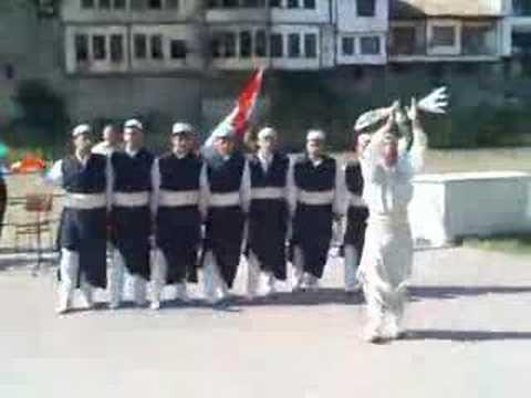 Halay ! Kerkük Türkmenleri oyun havasi Iraqi Türkmen's in TURKEY