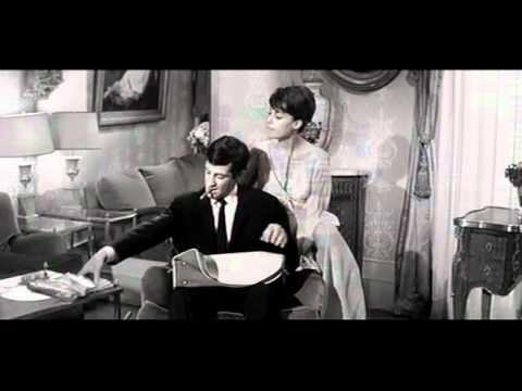 Scenes D' Art -1963 - (Peau De Banane) (Real. Marcel Ophüls).avi