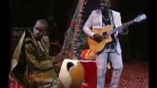 Vieux Farka Touré et Sidiki Diabaté - Kaïra. Live 2011