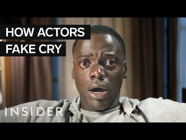Како актерите глумат плачење во филмовите?