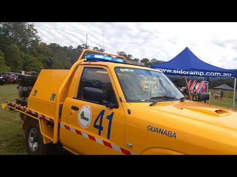 Rural fire ute with lights on at guanaba rural fire station family fun day