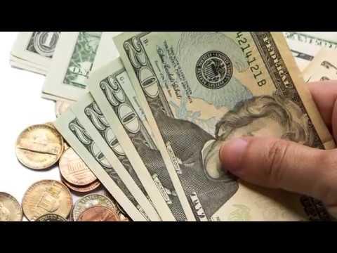 Türkmenistanda dollar üýtgäp durýan kurs boýunça satyn alynýar, emma satylmaýar
