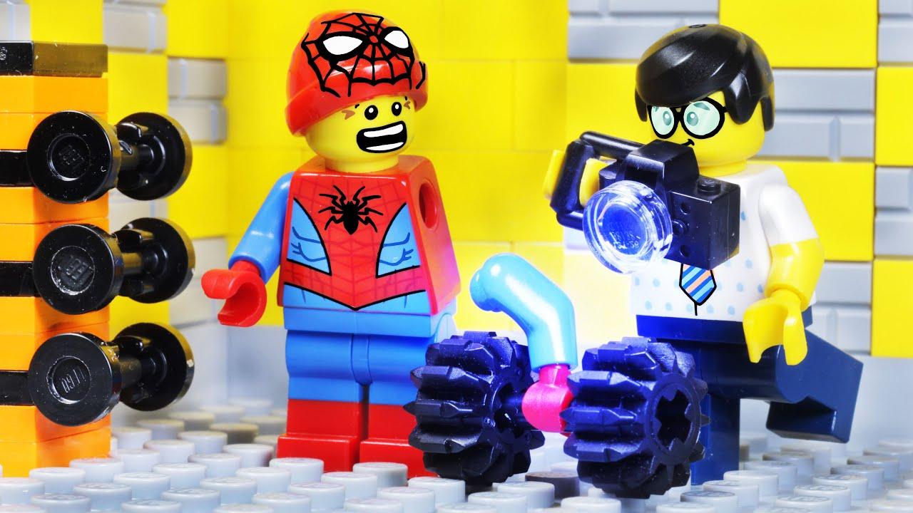 LEGO SPIDER-MAN - LEGO CITY GYM SUPERHERO BODY BUILDING FAIL