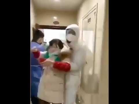 С китайцами с подозрением на коронавирус не церемонятся.