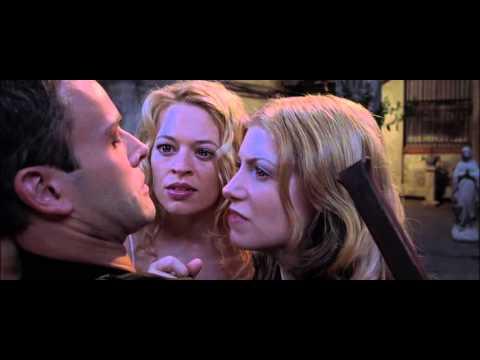 Jeri Ryan Dracula 2000