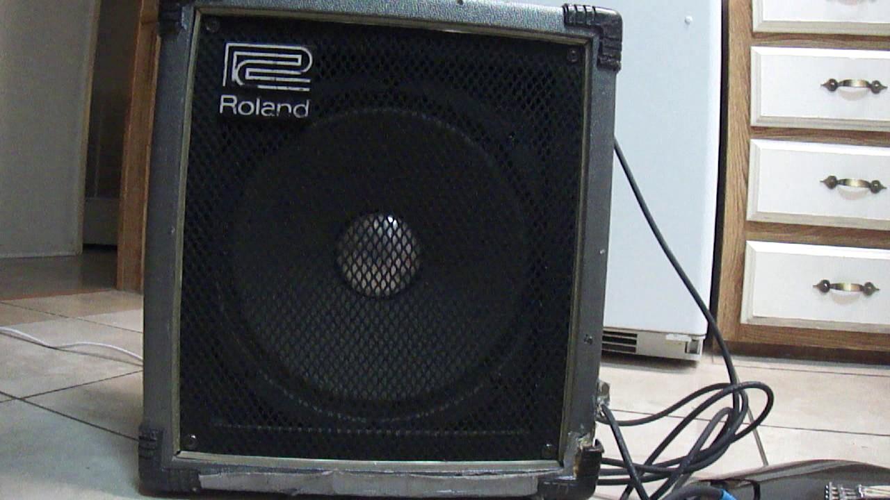 roland super cube 60 watt cube bass amplifier youtube. Black Bedroom Furniture Sets. Home Design Ideas