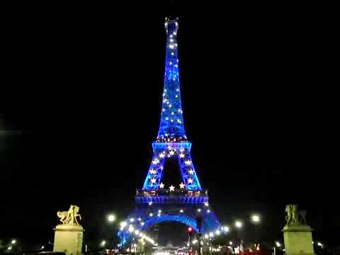 Eiffel Tower Light Show [HD]  sc 1 st  YouTube & Eiffel Tower Light Show [HD] - YouTube