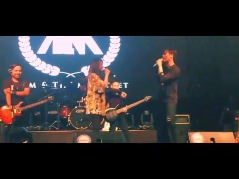 Stacy ft Akim - Pelangi Senja/Bengang live (#XPAXKESS)