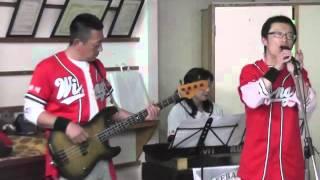 三保ウイングス スタッフにて 卒団生の為に歌います。