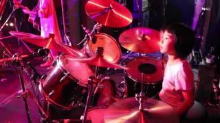 """2017年2月19日の家族バンド""""かねあいよよか""""のライブ。 札幌COLONY ドラ..."""