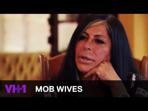 Mob Wives | Big Ang Visits a Psychic | VH1