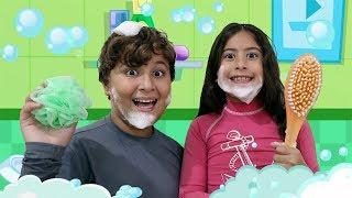 MÚSICA DO BANHO DA MARIA CLARA E JP - CLIPE OFICIAL ♫ Bath Song | Nursery Rhymes & Kids Songs