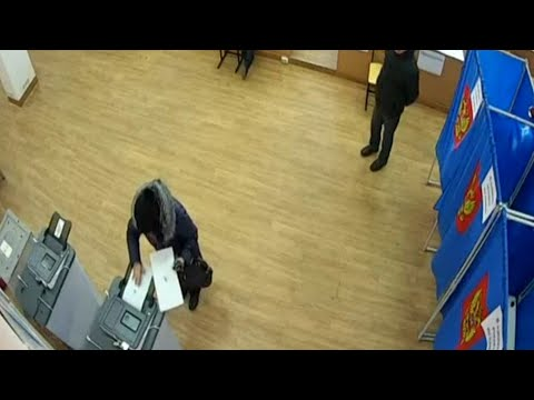Russian election footage appears to show vote rigging