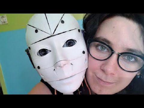 French woman wants to marry her Robot boyfriend; Knightscope K5 robot drowns itself - Compilation