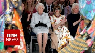 The Queen on the 'frow' at London Fashion Week - BBC News
