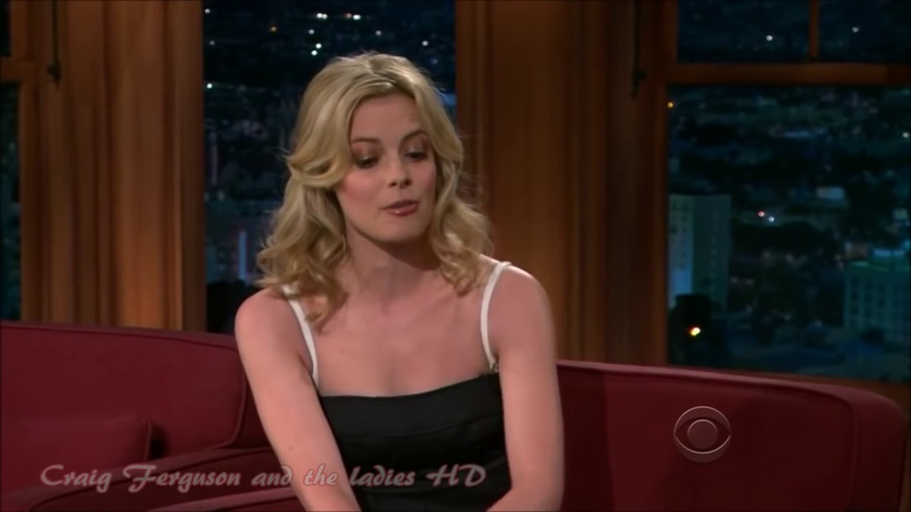 Gillian Jacobs Shows Her Sexy Dance Moves Youtube
