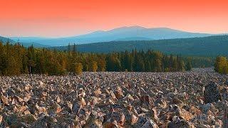 Таганайская аномальная зона на Урале(В национальном парке Таганай теряются даже опытные туристы. В лесу отказывают компасы, навигаторы и сотова..., 2014-09-17T04:59:54.000Z)