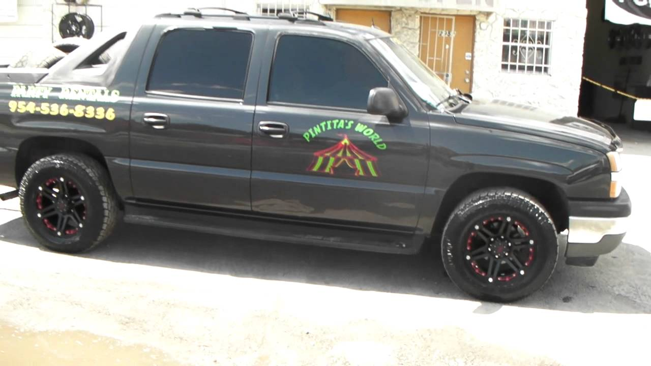 Avalanche chevy avalanche 33 inch tires : DUBSandTIRES.com 18 Inch Tuff T-01 Black & Red 2004 Chevy ...