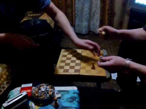 игра в шахматы,шах и мат,ракировка,шашки