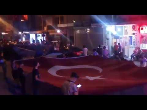 Kiraz'da demokrasi nöbeti