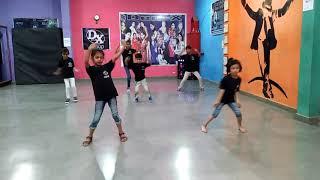 Yaha waha galiyo me (Yaha waha galiyo me)  Den-x group