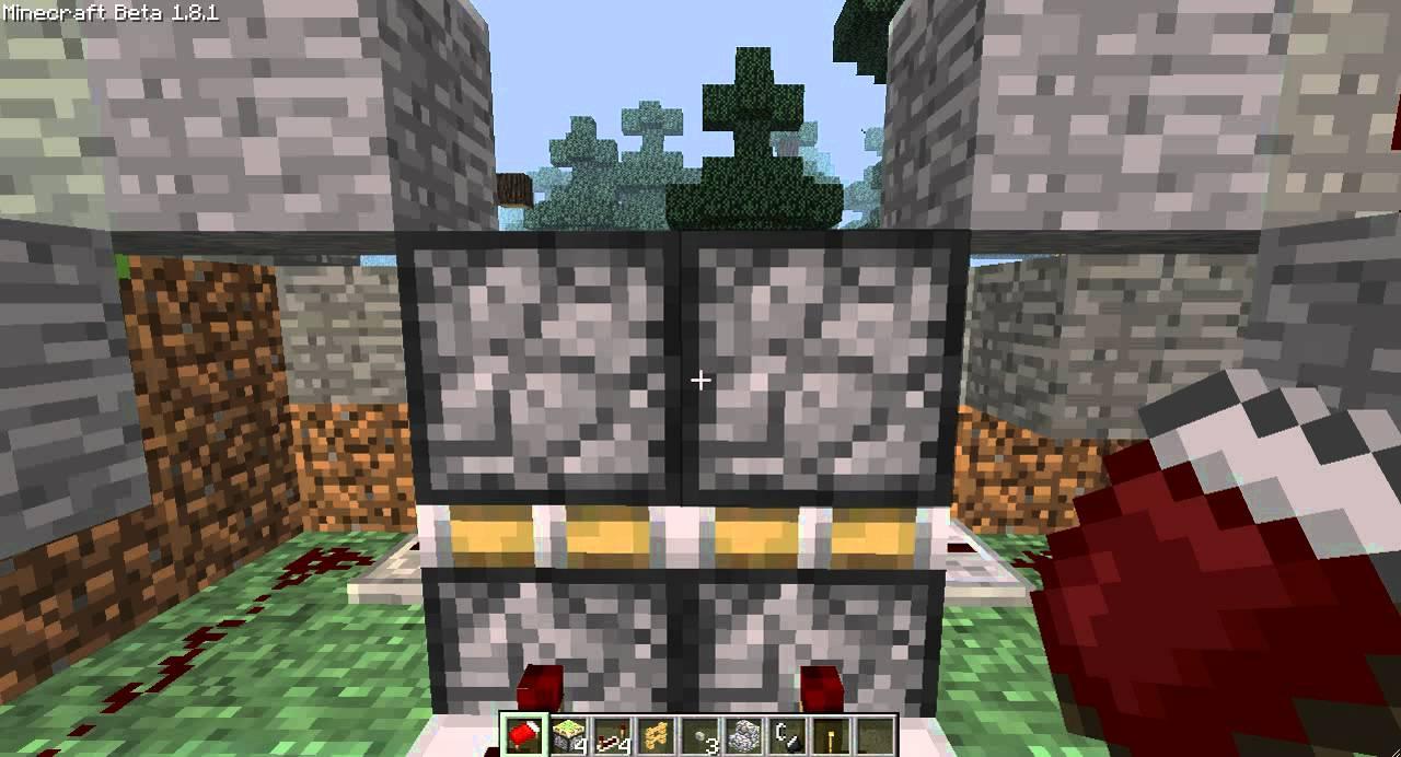 how to build a secret door in minecraft
