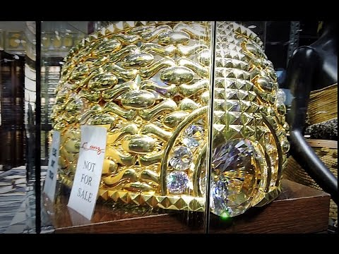 BIGGEST RING GOLD SOUK MARKET DEIRA DUBAI