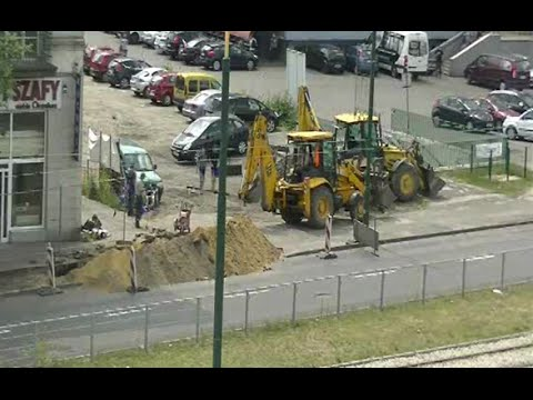 Excavator time lapse (down at the electric cable) rów na kabel elektryczny