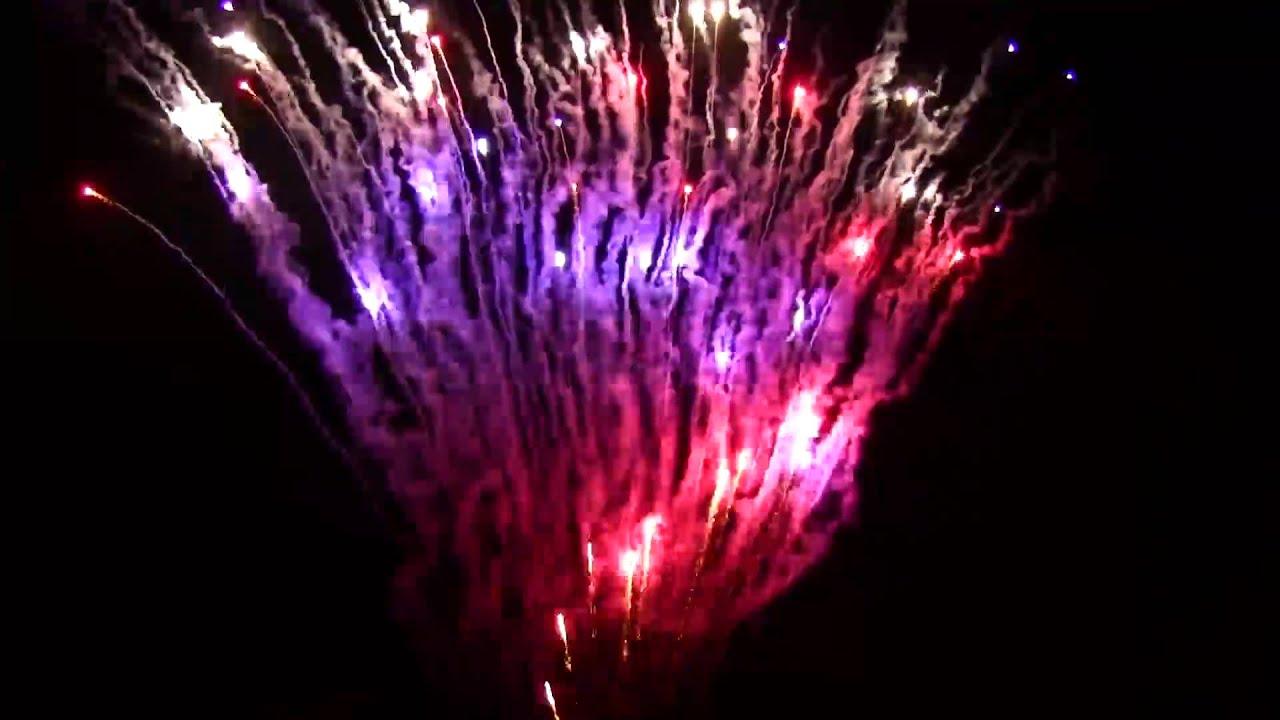 Frontlines World Class 500g Firework - YouTube