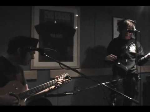 "Billy Talent Acoustic: ""Standing In The Rain"" - Scandalous Travelers DVD"