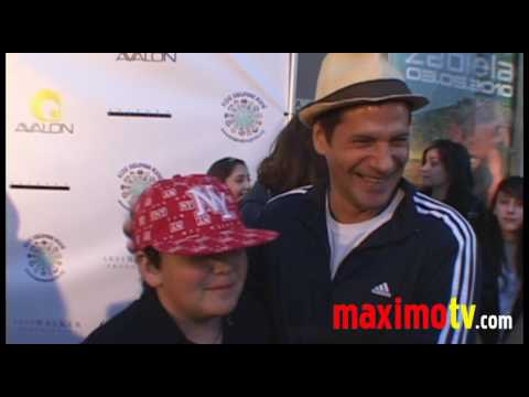 Thomas Calabro Melrose Place at 'Kids Helping Kids' PROJECT HAITI February 28, 2010