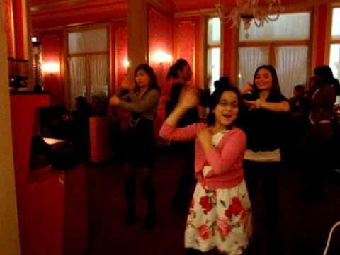 27-02-2010 karaoke hotel albert II oostende macarena girls
