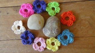 Repeat youtube video Απλό και όμορφο λουλουδάκι με βελονάκι